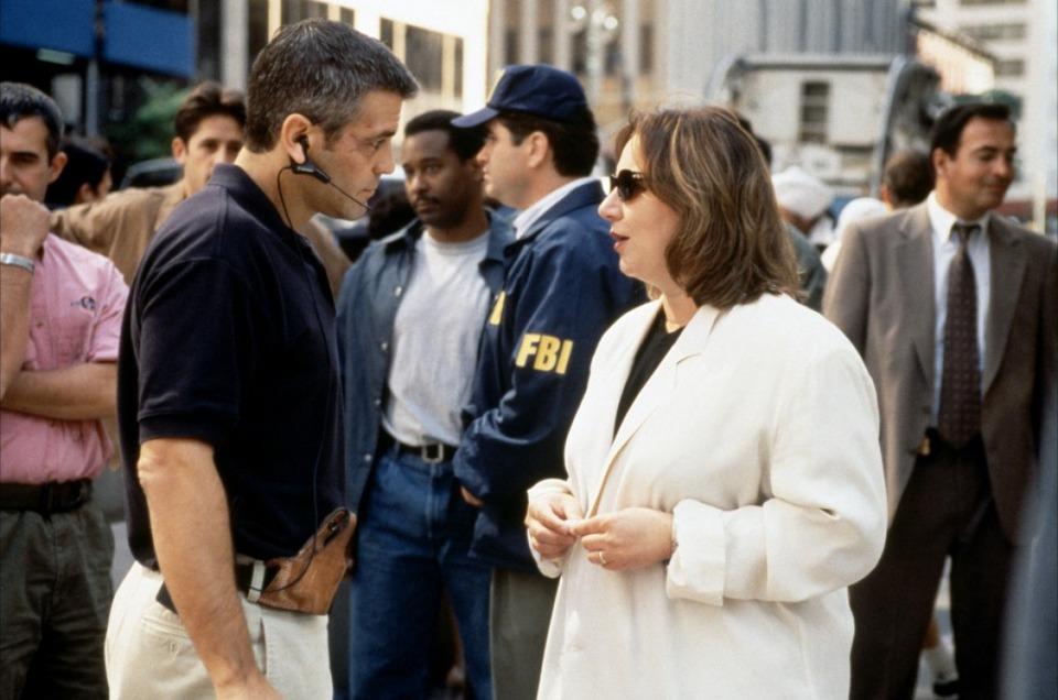 со съемок Миротворец Мими Ледер, Джордж Клуни,