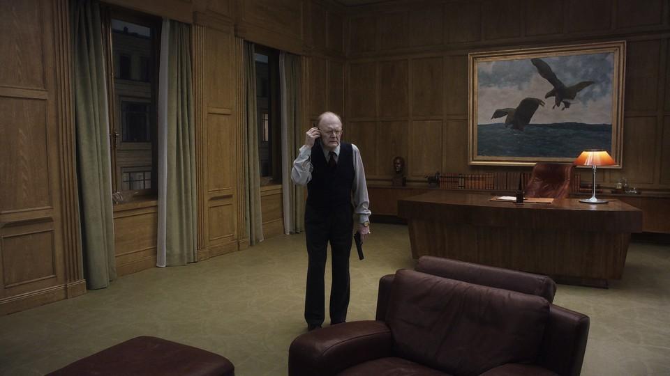 кадры из фильма Голубь сидел на ветке, размышляя о бытии