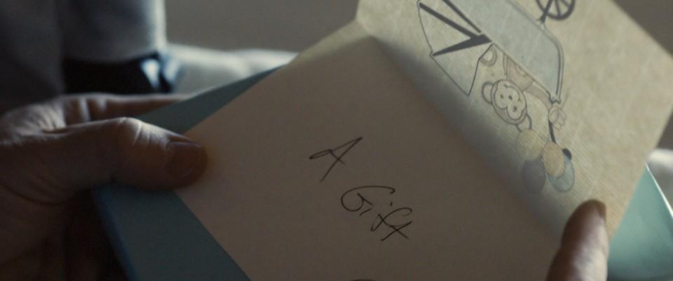 кадры из фильма Подарок