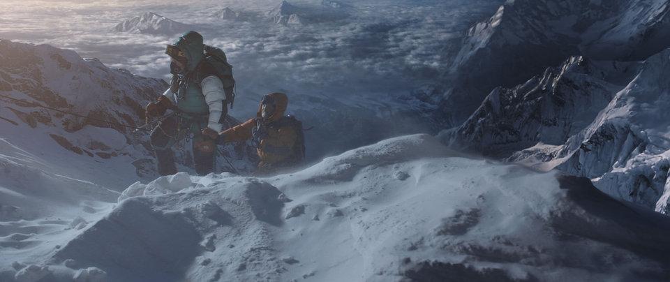 кадры из фильма Эверест