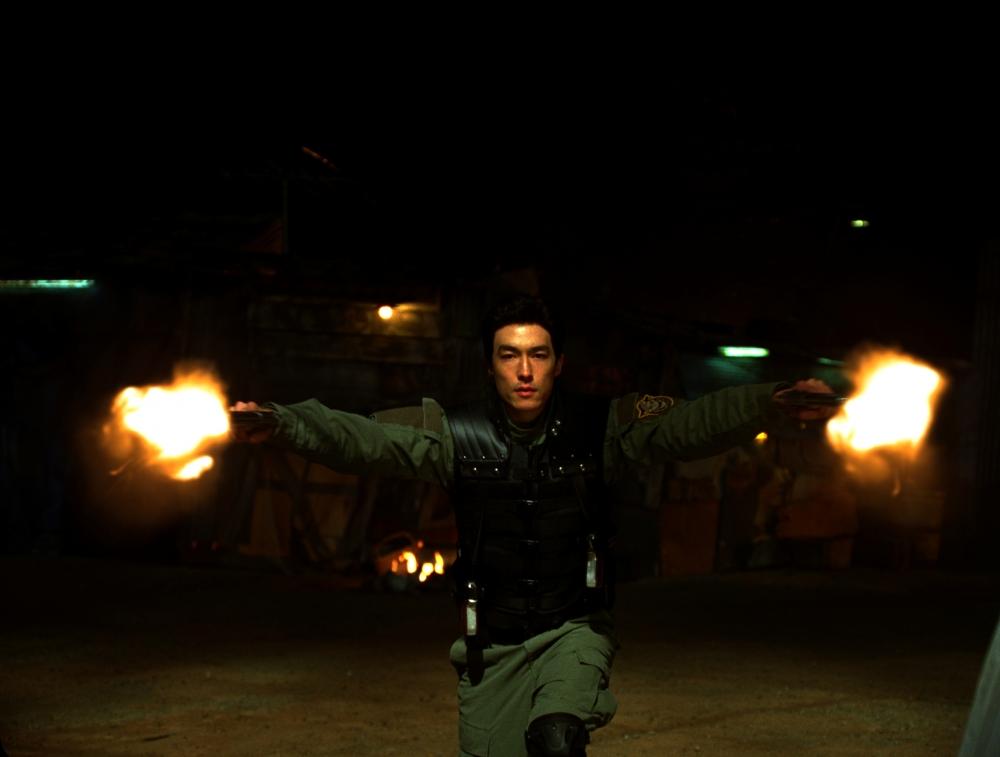кадры из фильма Люди Икс: Начало. Росомаха Дэниел Хенни,