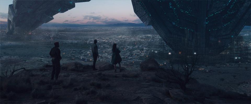 кадры из фильма День независимости: Возрождение