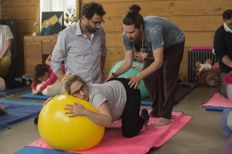 кадры из фильма Случайно беременна