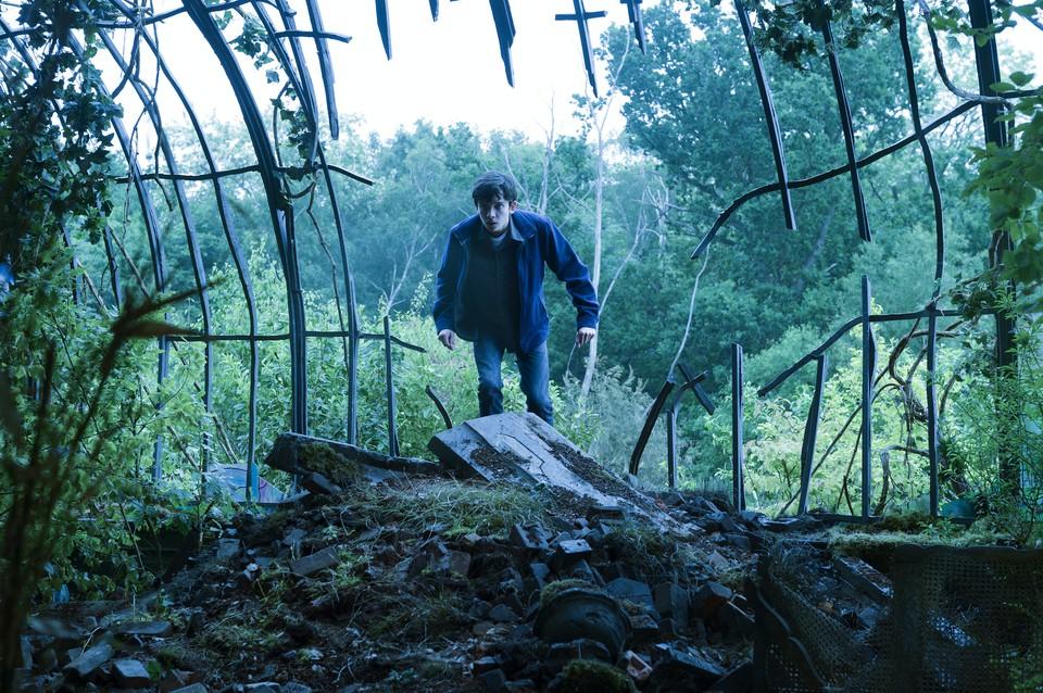 кадры из фильма Дом странных детей мисс Перегрин Эйса Баттерфилд,