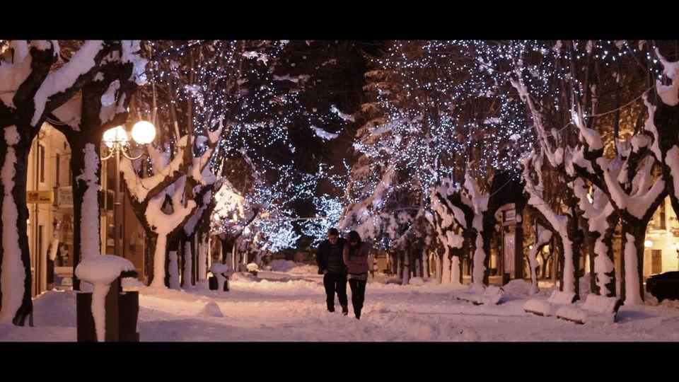 кадры из фильма Снег