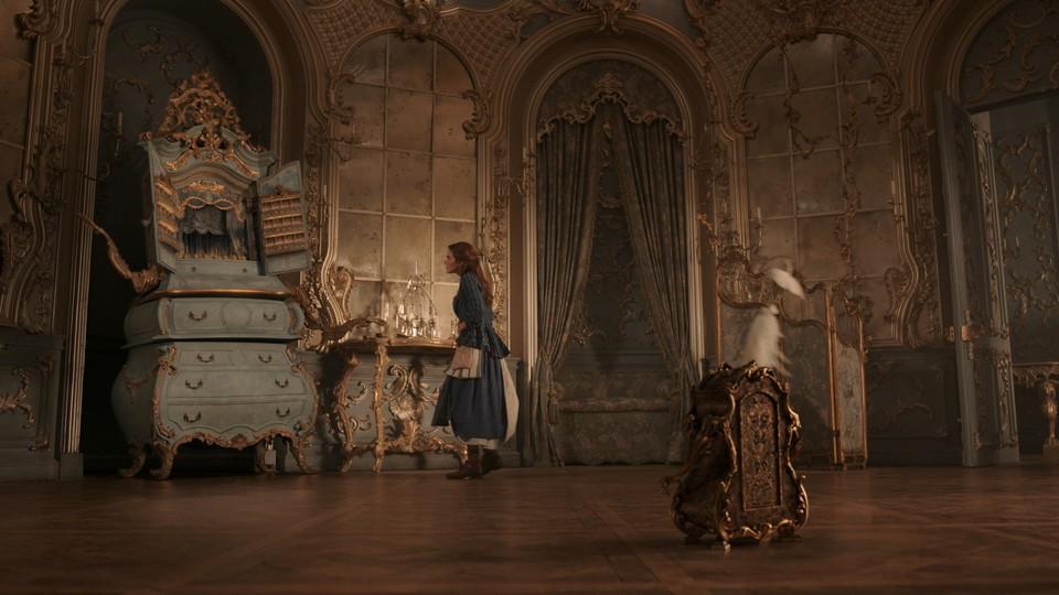 кадры из фильма Красавица и чудовище