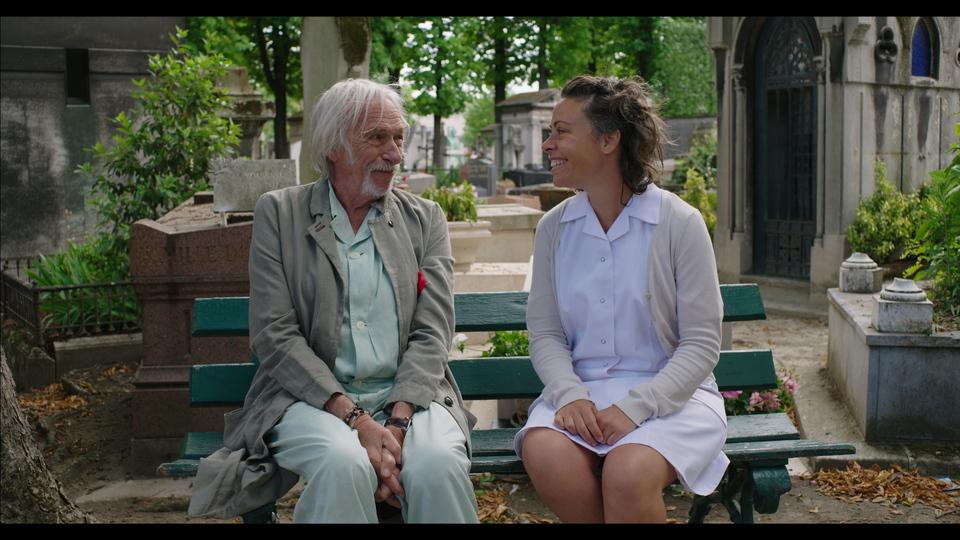 кадры из фильма Чудеса в Париже