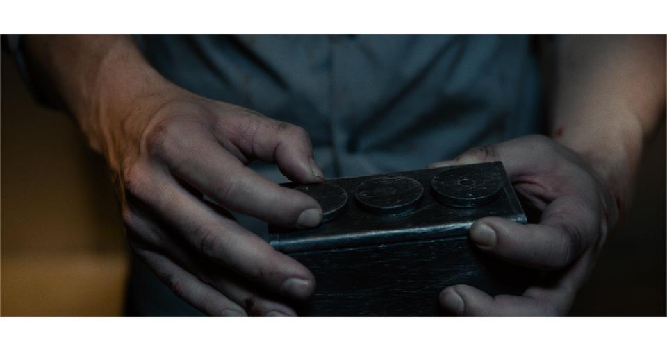 кадры из фильма Клаустрофобия