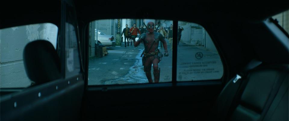 кадры из фильма Дэдпул 2