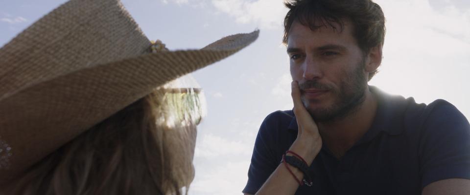 кадры из фильма Во власти стихии