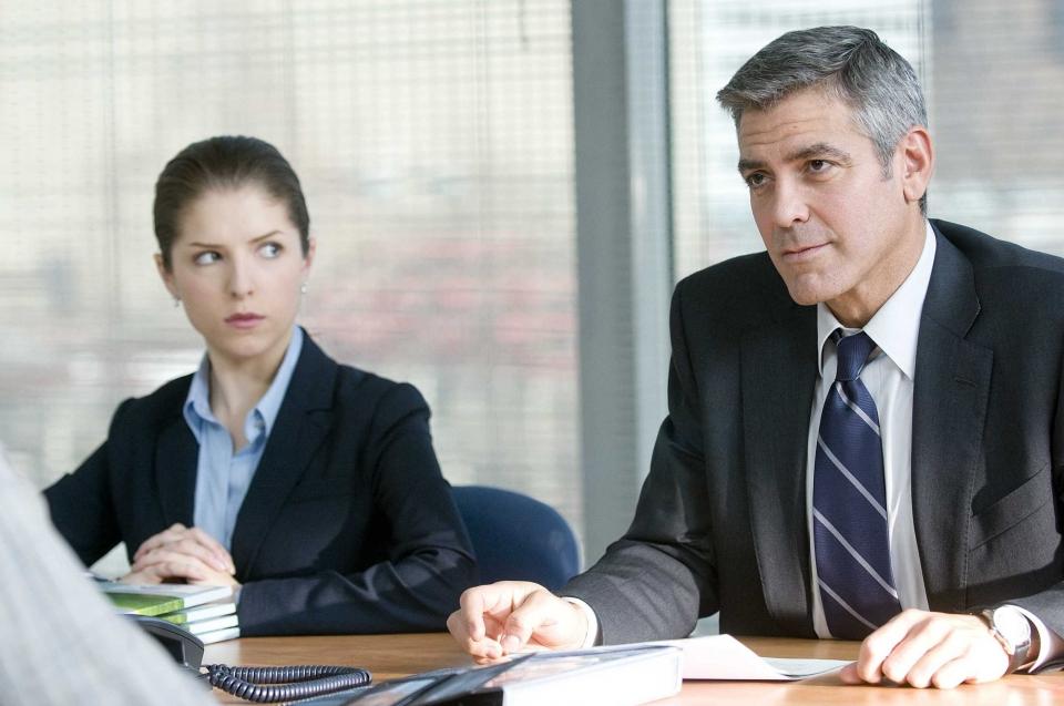 кадры из фильма Мне бы в небо Джордж Клуни, Анна Кендрик,