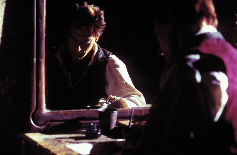 кадры из фильма Ромасанта: Охота на оборотня Джулиан Сэндз,