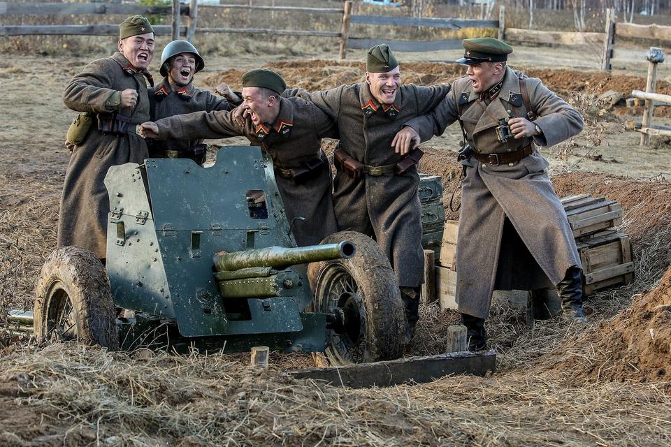 кадры из фильма Подольские курсанты