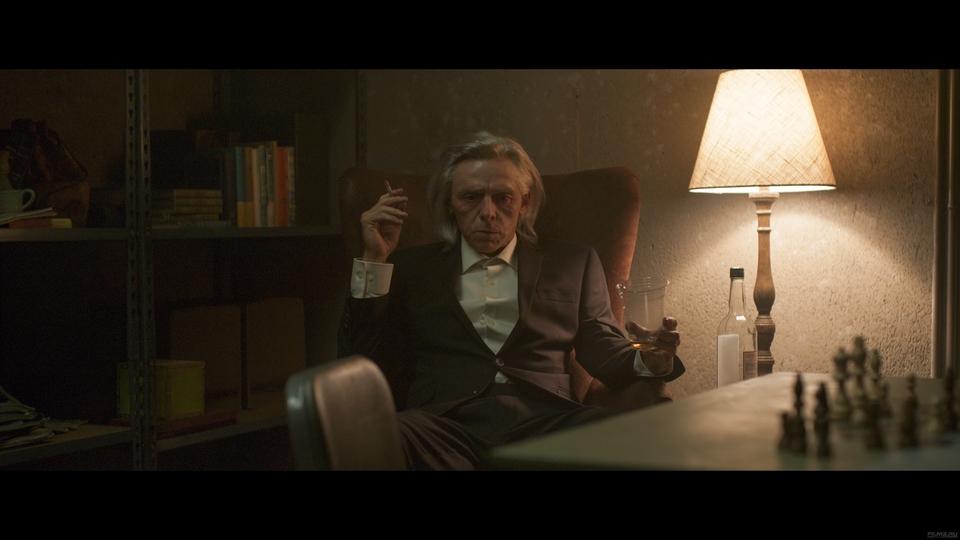 кадры из фильма Темное наследие