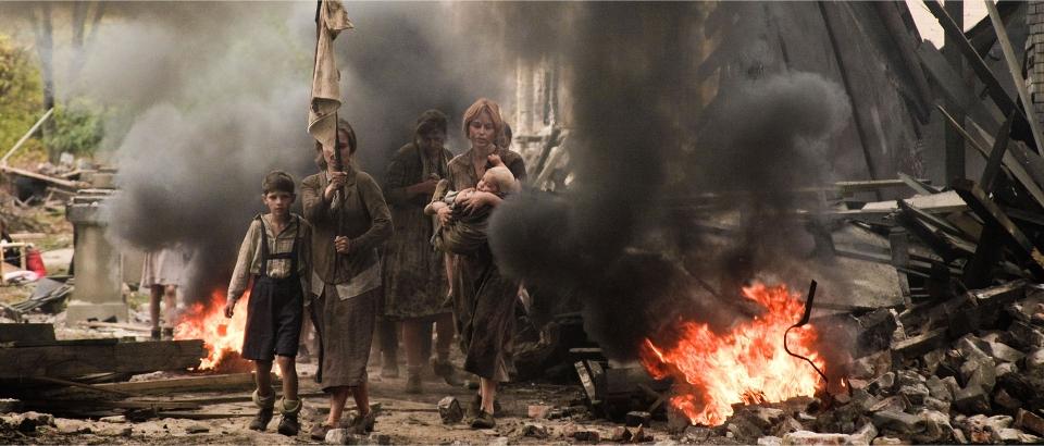 кадры из фильма Брестская крепость Яна Есипович,