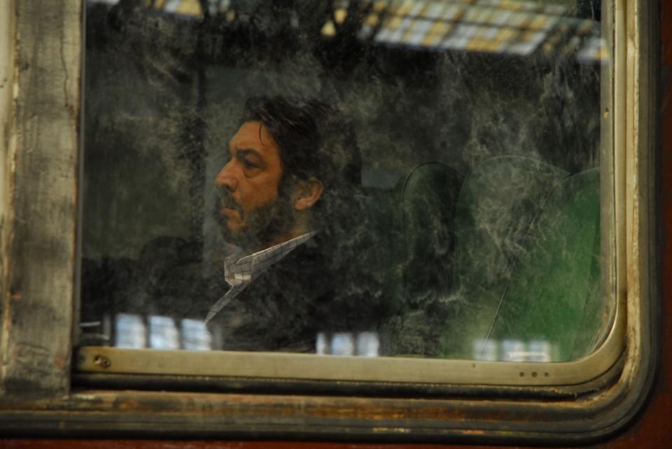 кадры из фильма Тайна в его глазах Рикардо Дарин,
