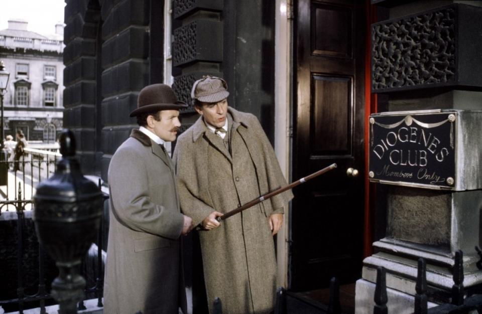 кадры из фильма Частная жизнь Шерлока Холмса Колин Блейкли, Роберт Стивенс,