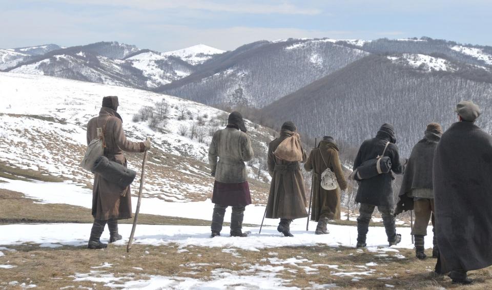 кадры из фильма Путь домой