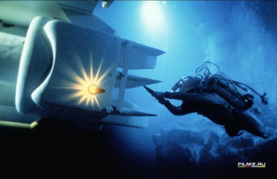 кадры из фильма Бездна