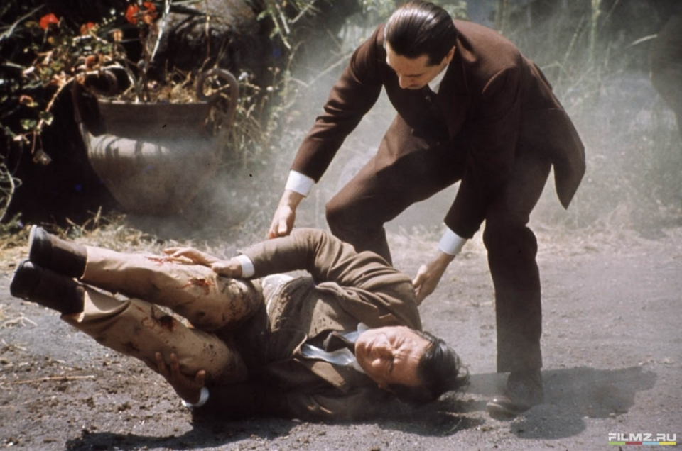 кадры из фильма Крестный отец, часть II Роберт Де Ниро,