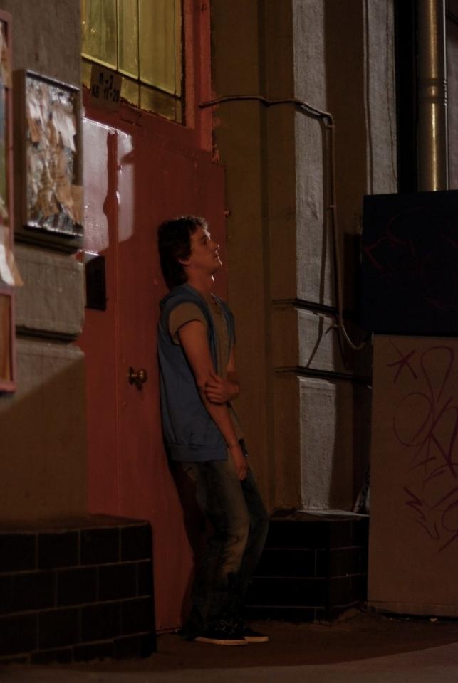 со съемок Поцелуй сквозь стену Антон Шагин,
