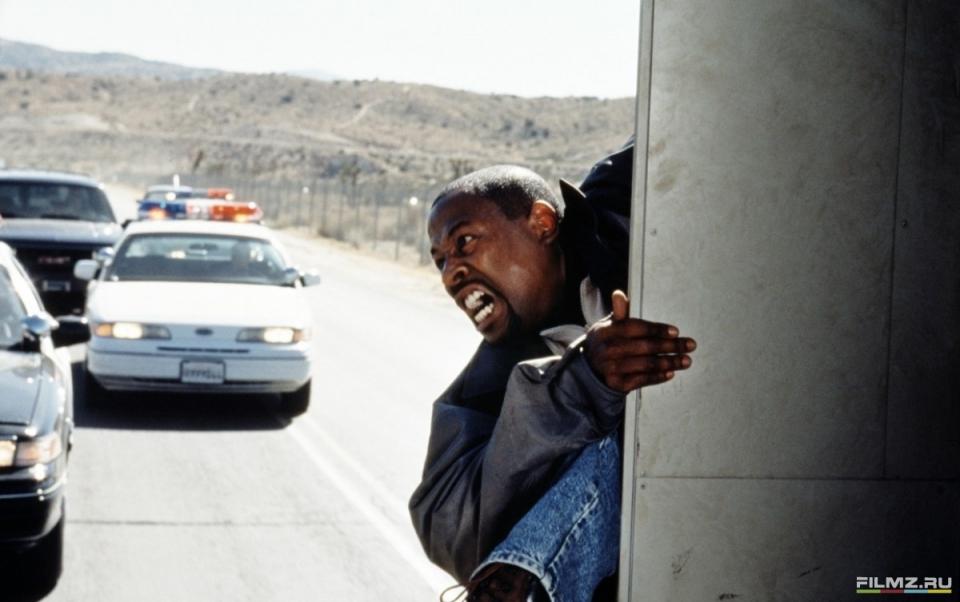 кадры из фильма Бриллиантовый полицейский Мартин Лоуренс,