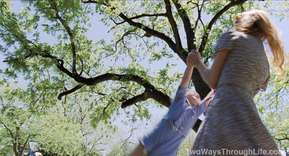 кадры из фильма Древо жизни Джессика Честейн,