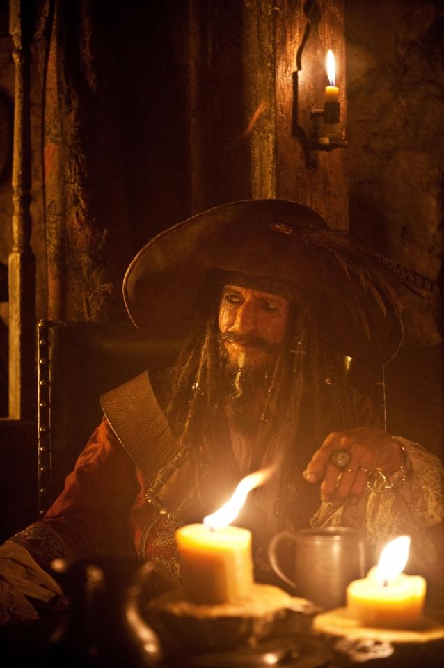 кадры из фильма Пираты Карибского моря: На странных берегах Кит Ричардс,