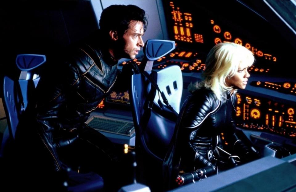 кадры из фильма Люди Икс 2 Хью Джекмен, Хэлли Берри,