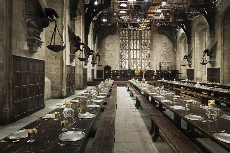 со съемок Гарри Поттер и Дары Смерти: Часть вторая