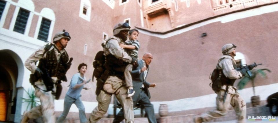 кадры из фильма Правила боя Бен Кингсли, Сэмюэль Л. Джексон,
