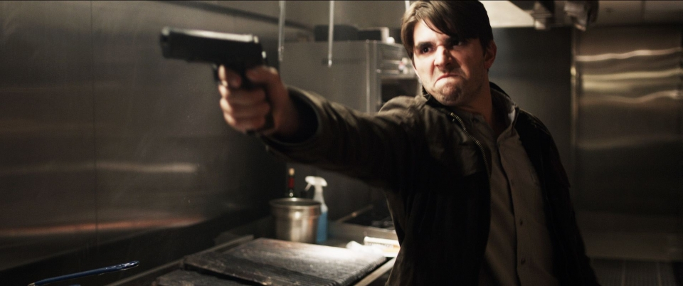 кадры из фильма Пункт назначения 5 Майлс Фишер,
