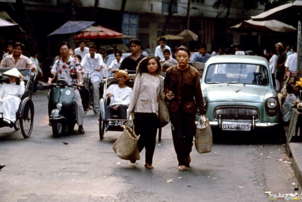кадры из фильма Небо и земля Джоан Чен, Хип Ти Ле,