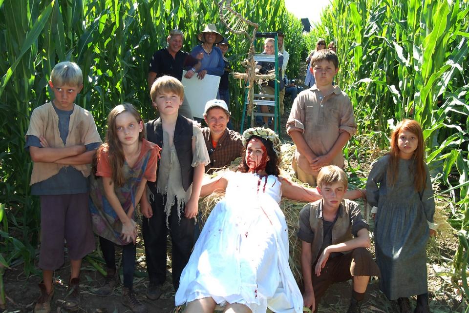со съемок Дети кукурузы: Генезис Келен Колуман,