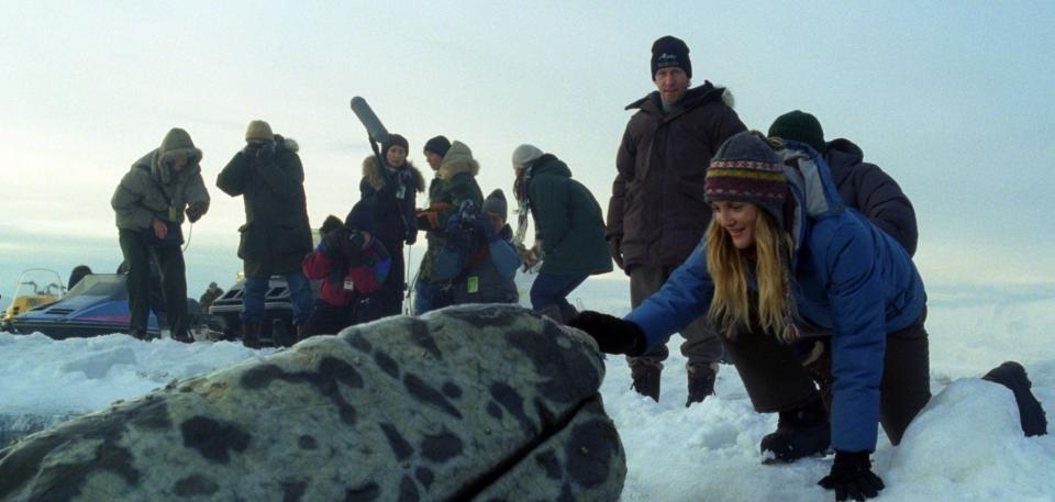 кадры из фильма Все любят китов Тим Блейк Нельсон, Дрю Бэрримор,