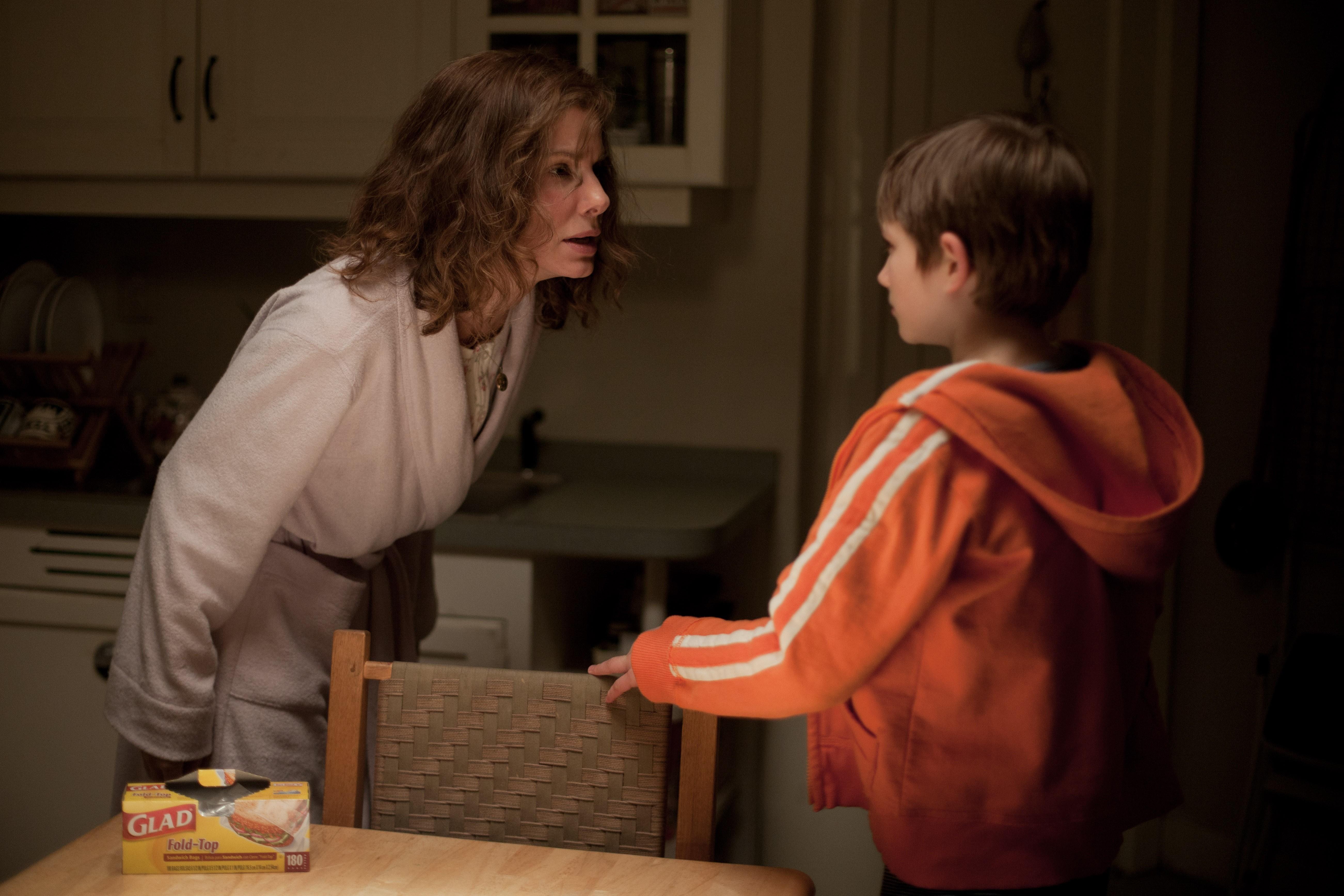 Фильмов из сына художественных соблазняет фильм мать