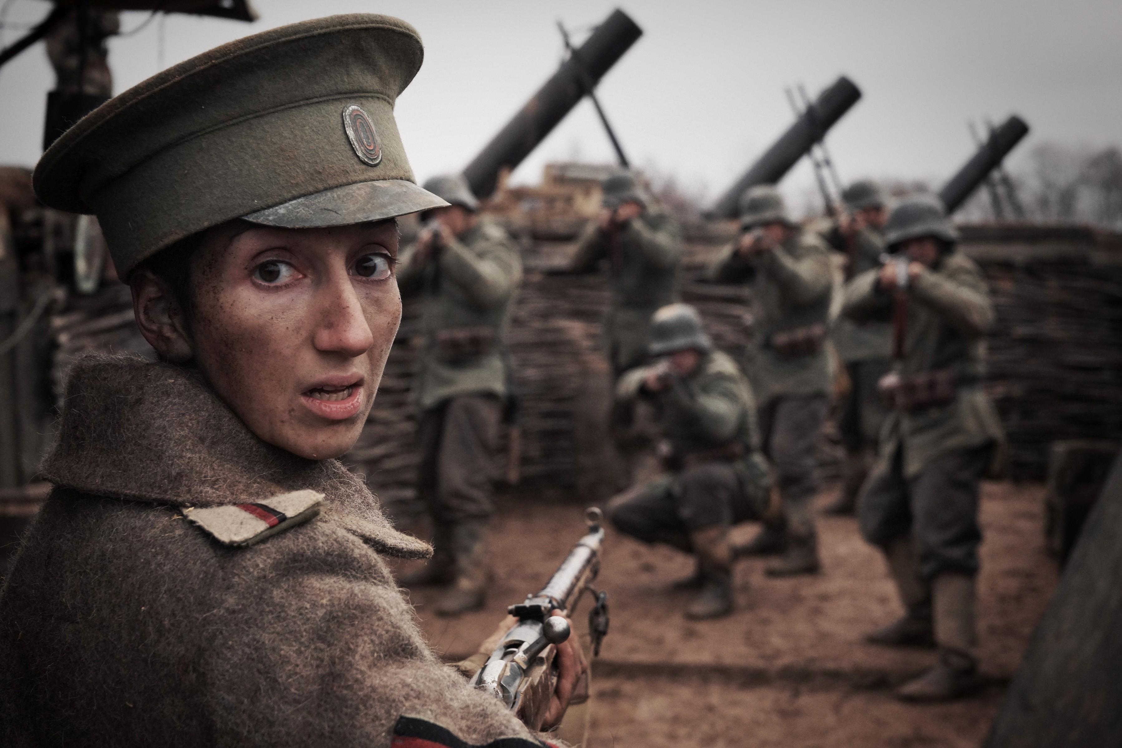 Порно женский батальен