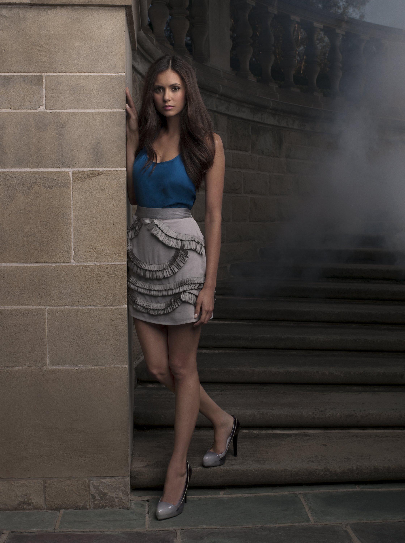 Photos et affiches de la série The Vampire Diaries.