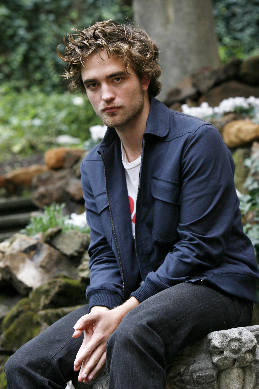 Роберт Паттинсон (Robert Pattinson) - фотография знаменитости 35.