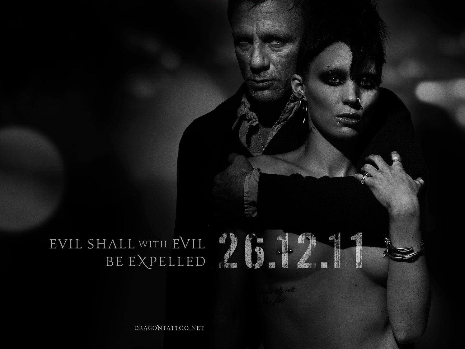 Плакат фильма тизер биллборды Девушка с татуировкой дракона.
