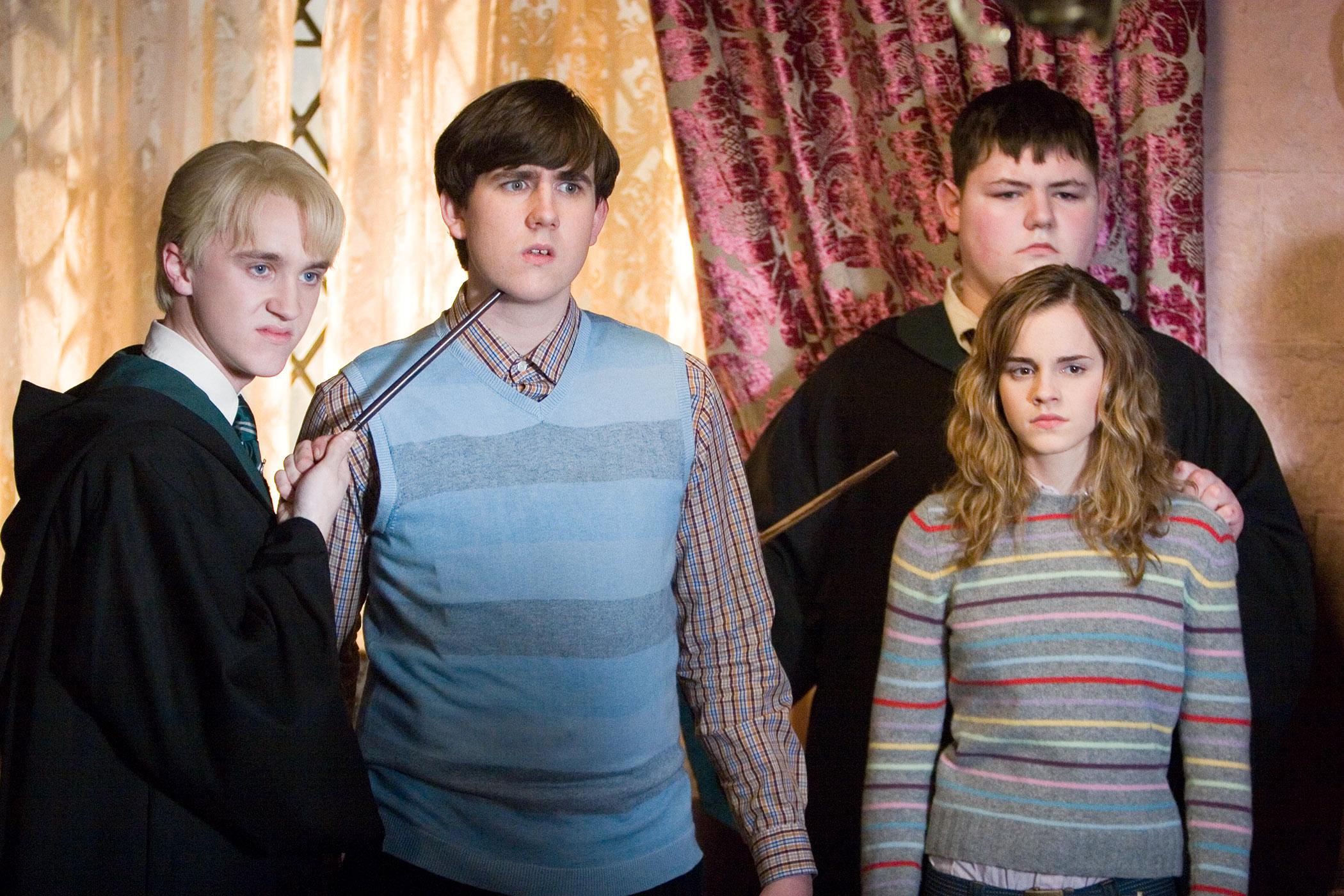 кадры из фильма Гарри Поттер и Орден Феникса Эмма Уотсон, Том Фелтон, Мэттью Льюис,