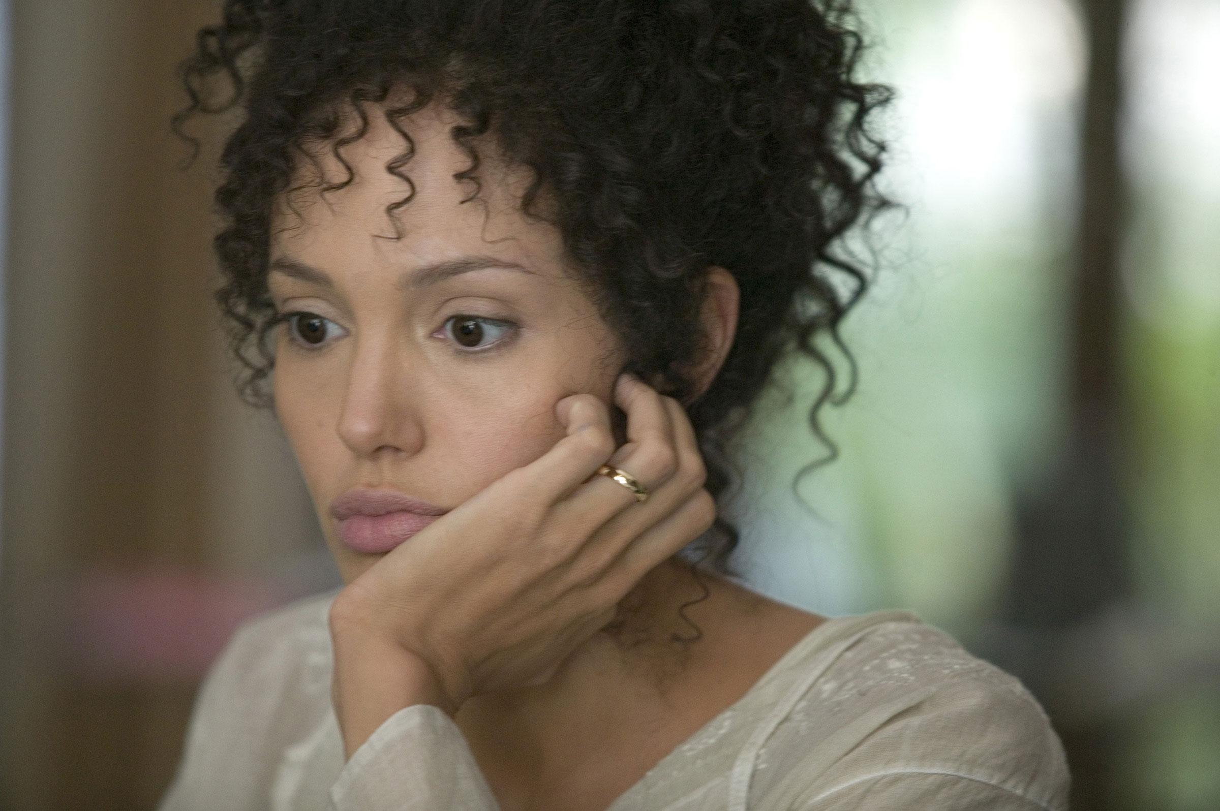 кадры из фильма Ее сердце Анджелина Джоли,
