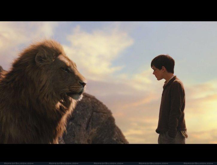 кадры из фильма Хроники Нарнии: Лев, Колдунья и Волшебный шкаф