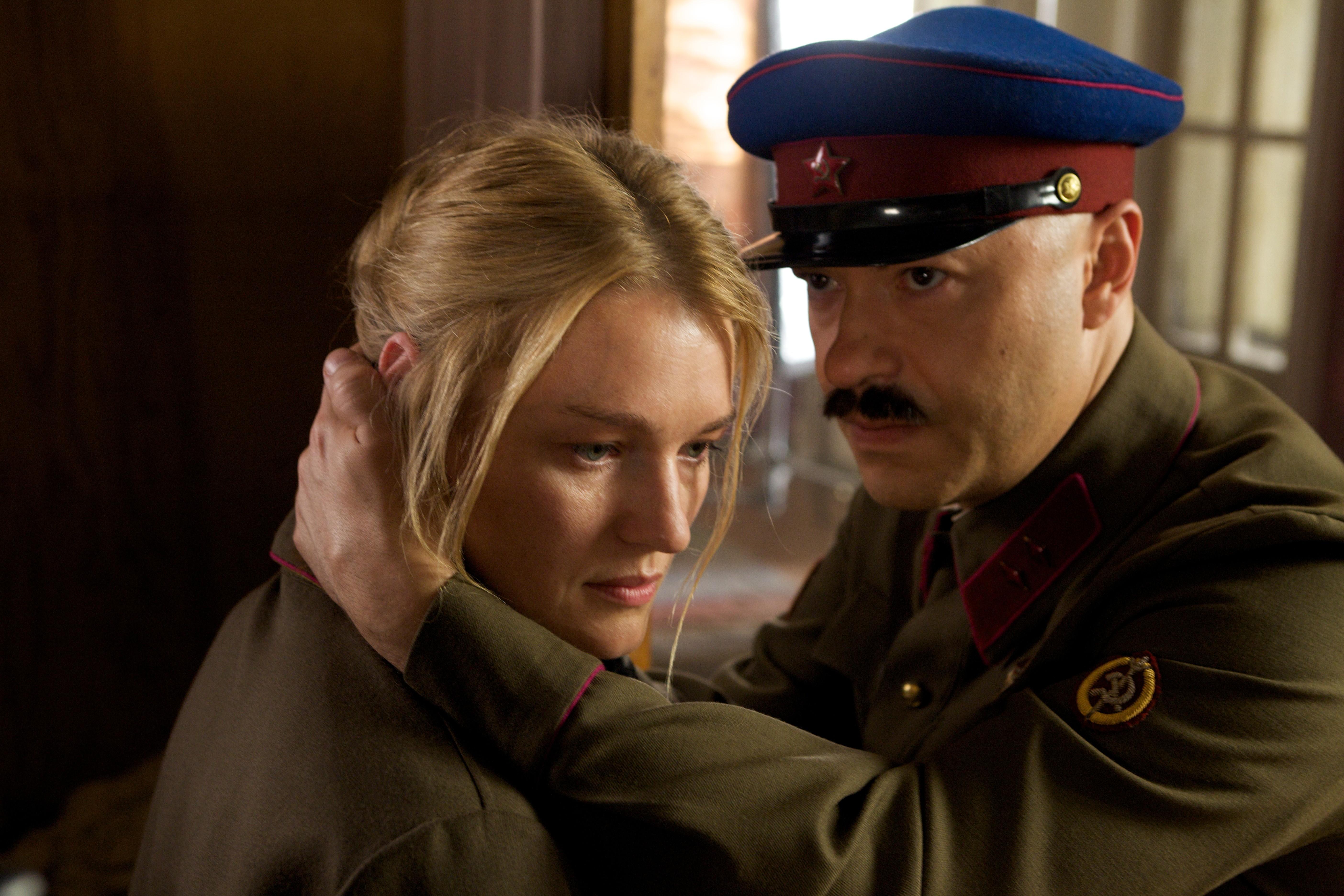 кадры из фильма Шпион Виктория Толстоганова, Федор Бондарчук,