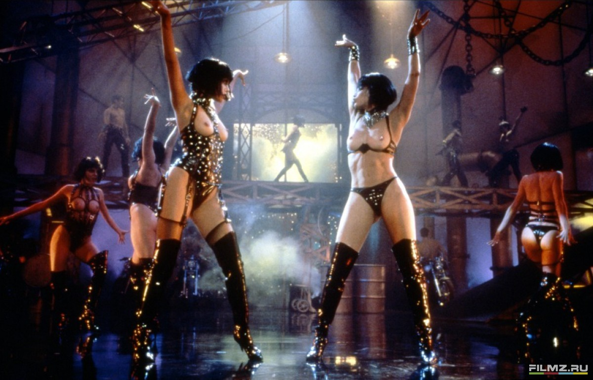 eroticheskie-filmi-pro-striptiz