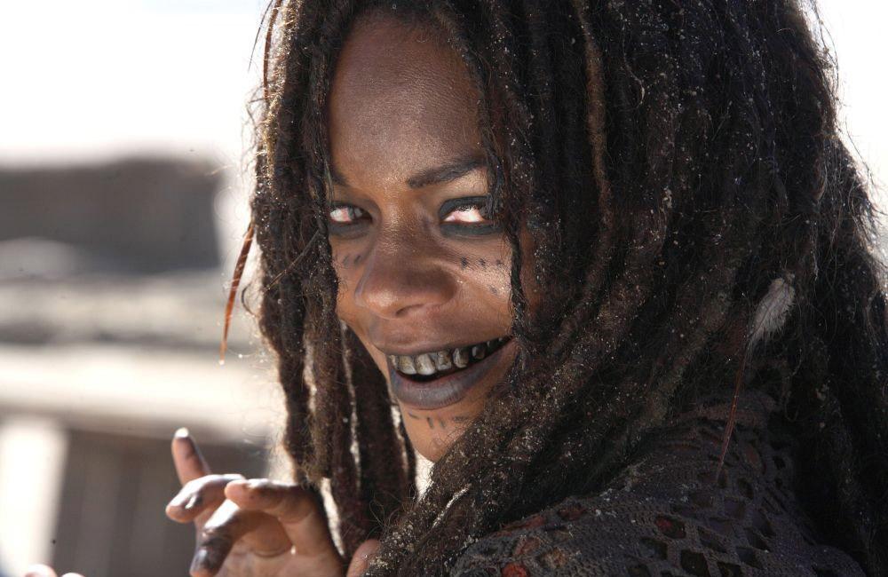 кадры из фильма Пираты Карибского моря: На краю света Наоми Харрис,
