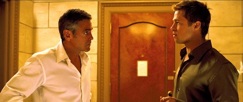 кадры из фильма Тринадцать друзей Оушена Брэд Питт, Джордж Клуни,