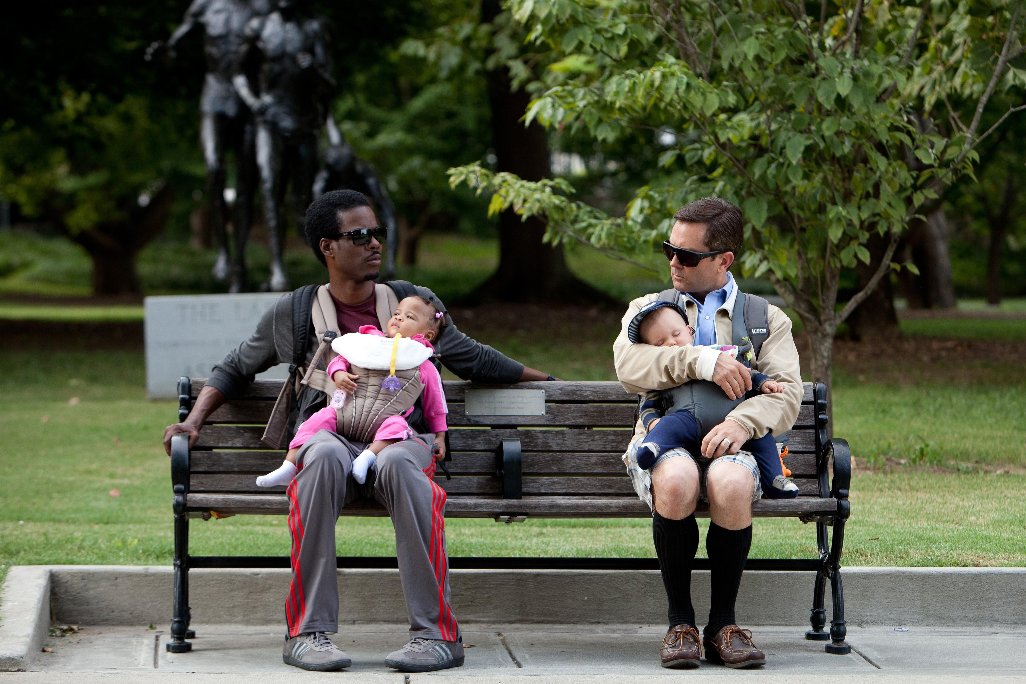 кадры из фильма Чего ждать, когда ждешь ребенка Крис Рок, Томас Леннон,