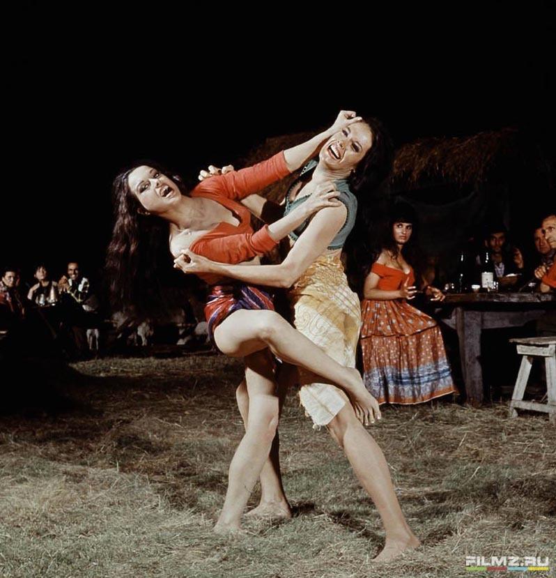 кадры из фильма Из России с любовью