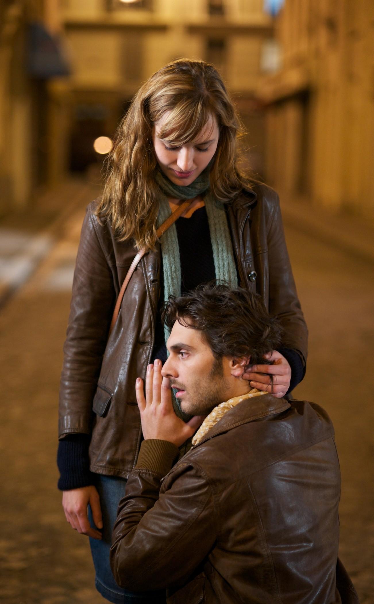 кадры из фильма Секса много не бывает Луиза Бургуа, Пио Мармай,